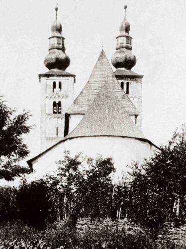 Poză veche despre biserică